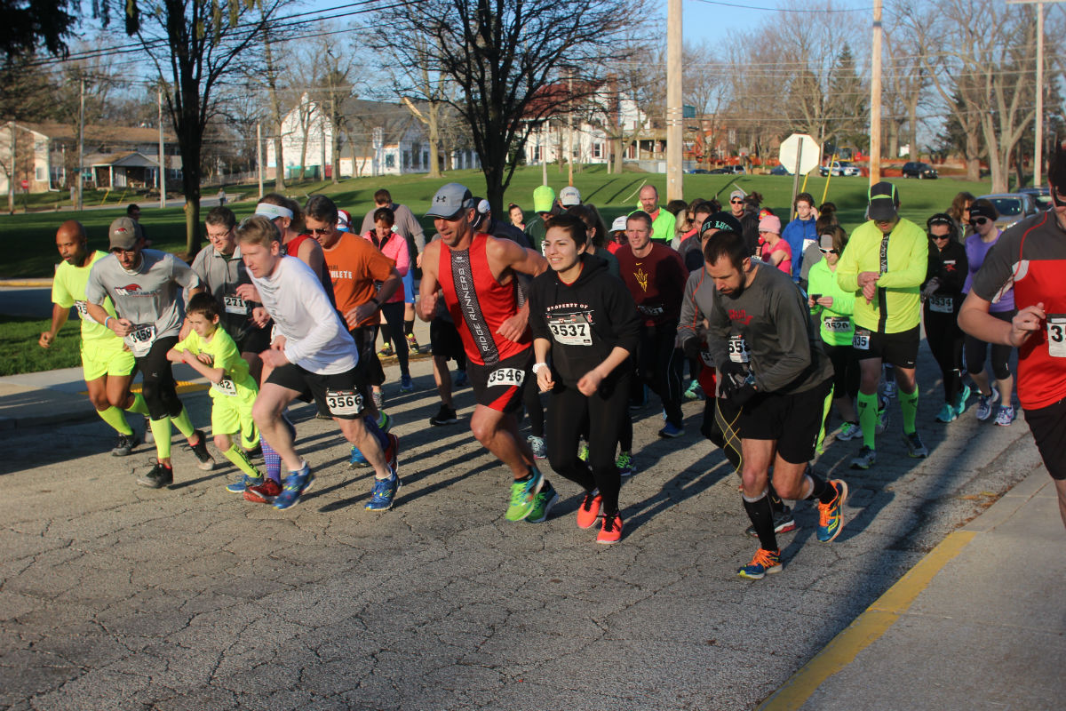 Runners Celebrate Dyngus Day with Aftermath Cidery and Winery