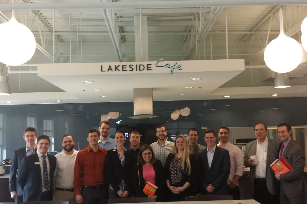 Lakeside Wealth Management CEO Inspires Young Business People