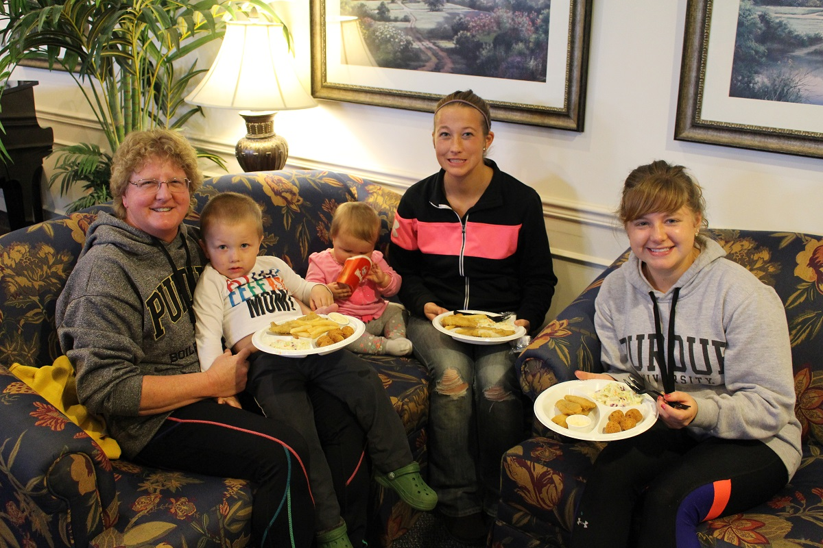 Rittenhouse of Valparaiso and FirstLight HomeCare Come Together for Fish Fry Fundraiser