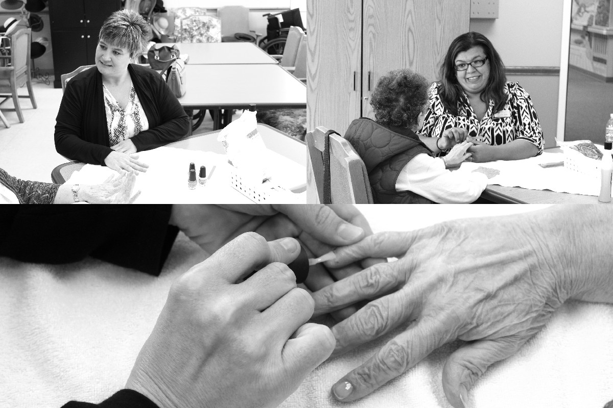 FirstLight HomeCare Spends Quality Time with the Seniors at St. Agnes Center