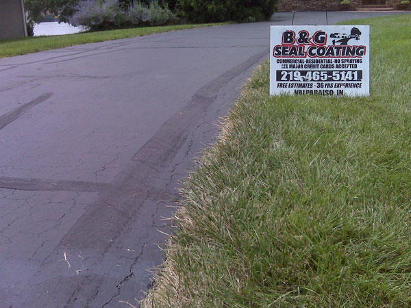 B&G Sealcoating Provides Quality, Reliability to Job on a Driveway in Need