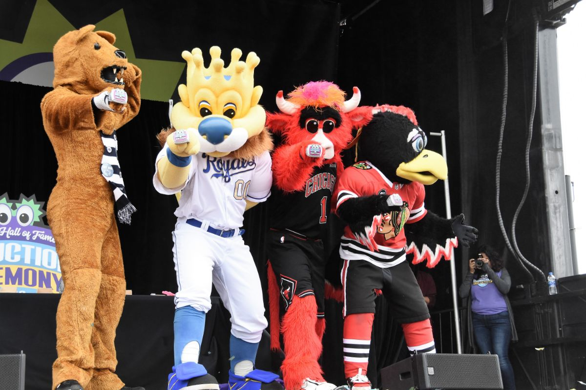 """""""Silly-Bration"""" of Mascots Past and Present at 2019 Mascot Hall of Fame Induction in Whiting"""