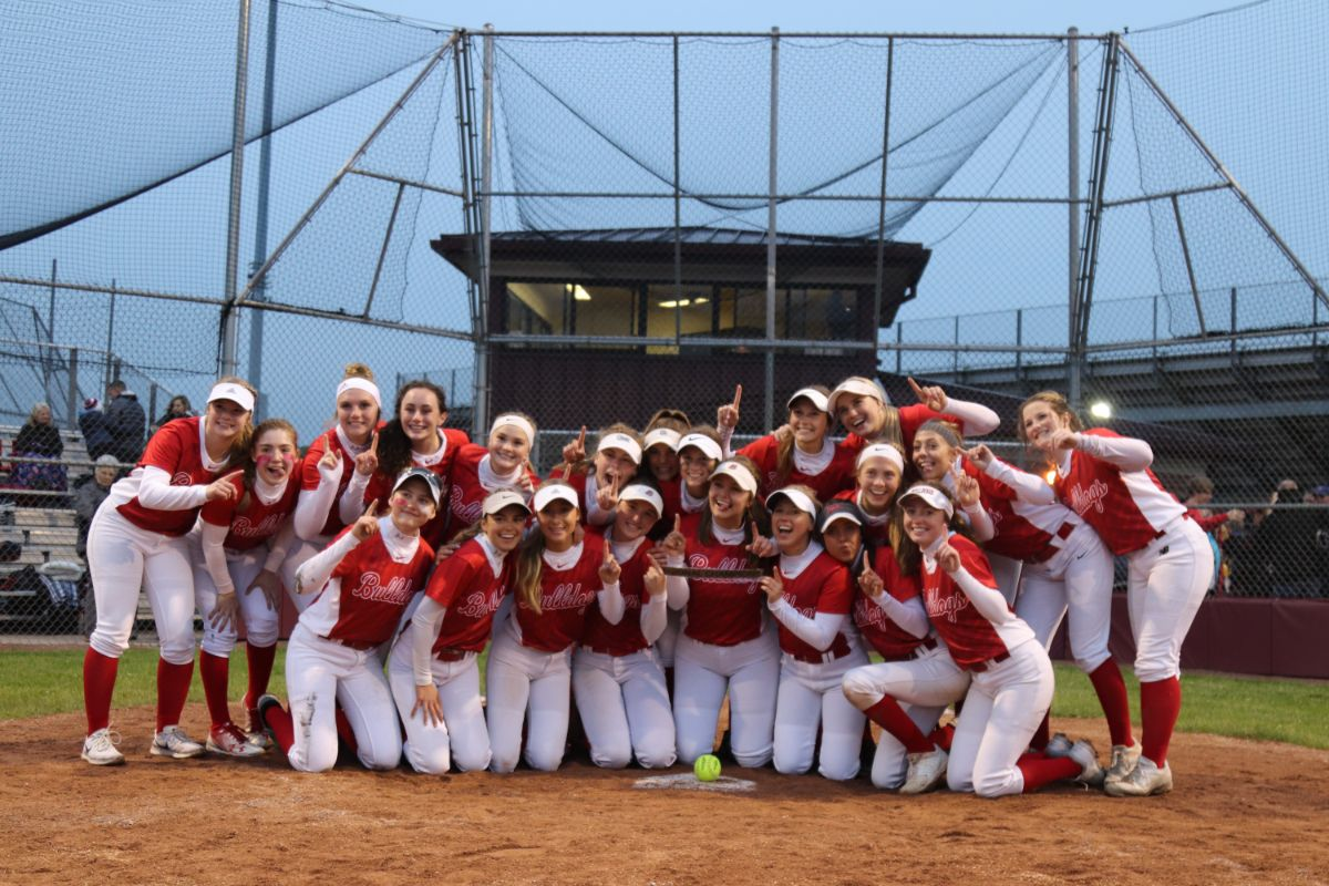 Crown Point softball team claims Regional Championship title