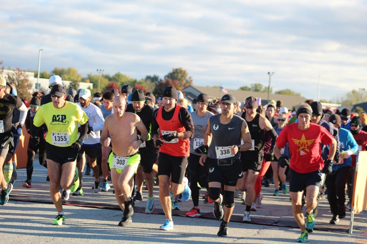 United Way of Porter County and Extra Mile Fitness Welcome Region Runners to Valpo Half Marathon and 5K
