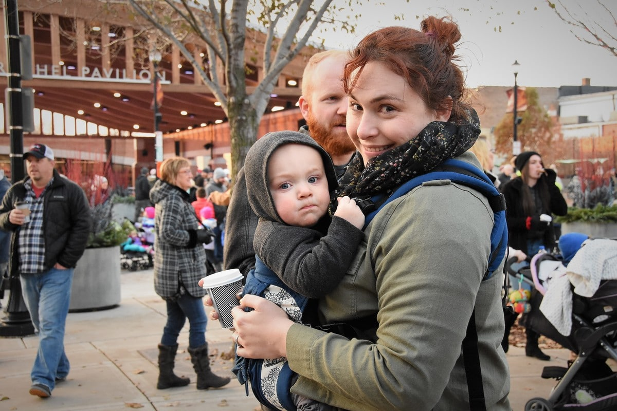 Valpo Flips the Switch on Christmas Season with Annual Winter Fest and Tree Lighting