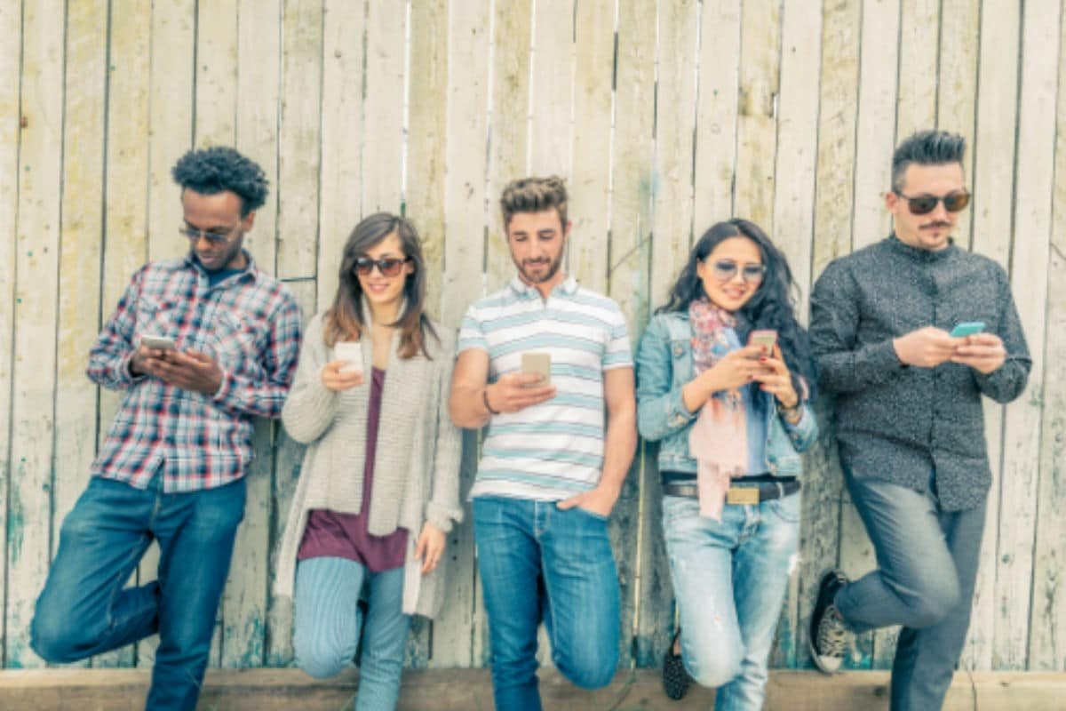 Text Neck: How Smartphones Are Killing Your Posture & What To Do About It