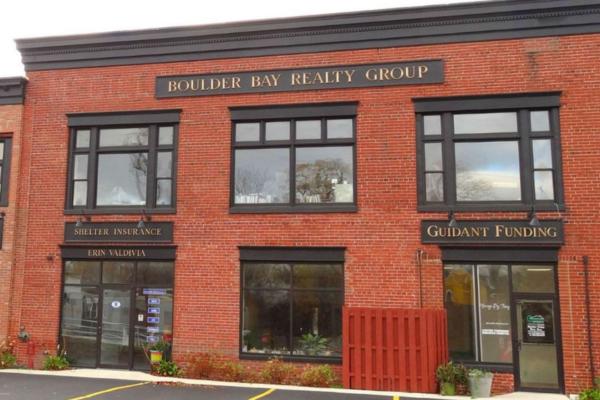 Boulder Bay Realty – Industry Professionals Going Above & Beyond For Home Buyers & Sellers Across Northwest Indiana