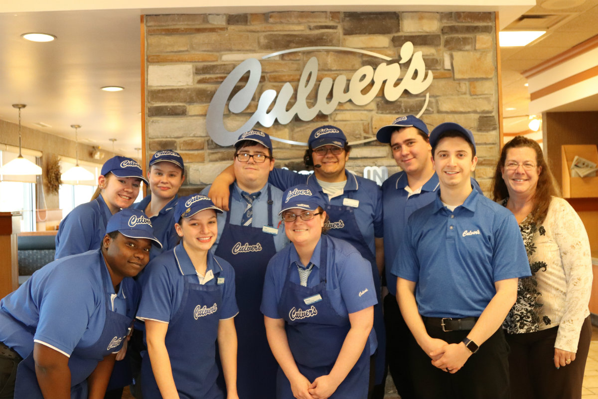 Culver's Announces Employees of the Year for 2017
