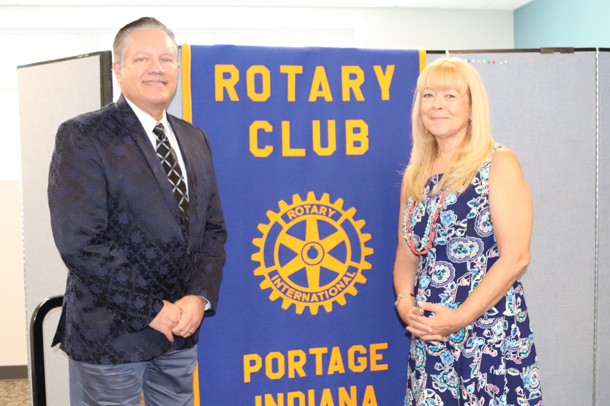 Dr. Uzelac of Sleep Airway Solutions Presents to Portage Rotary Club