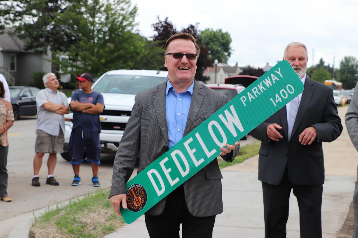 Mayor McDermott Dedicates Dedelow Parkway to Former Hammond Mayor Dedelow