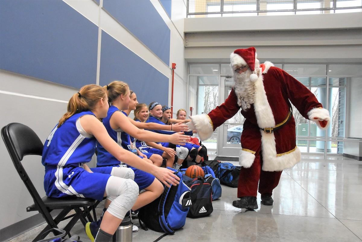 Hammond Sportsplex Welcomes Community to Ring in the Season with Santa