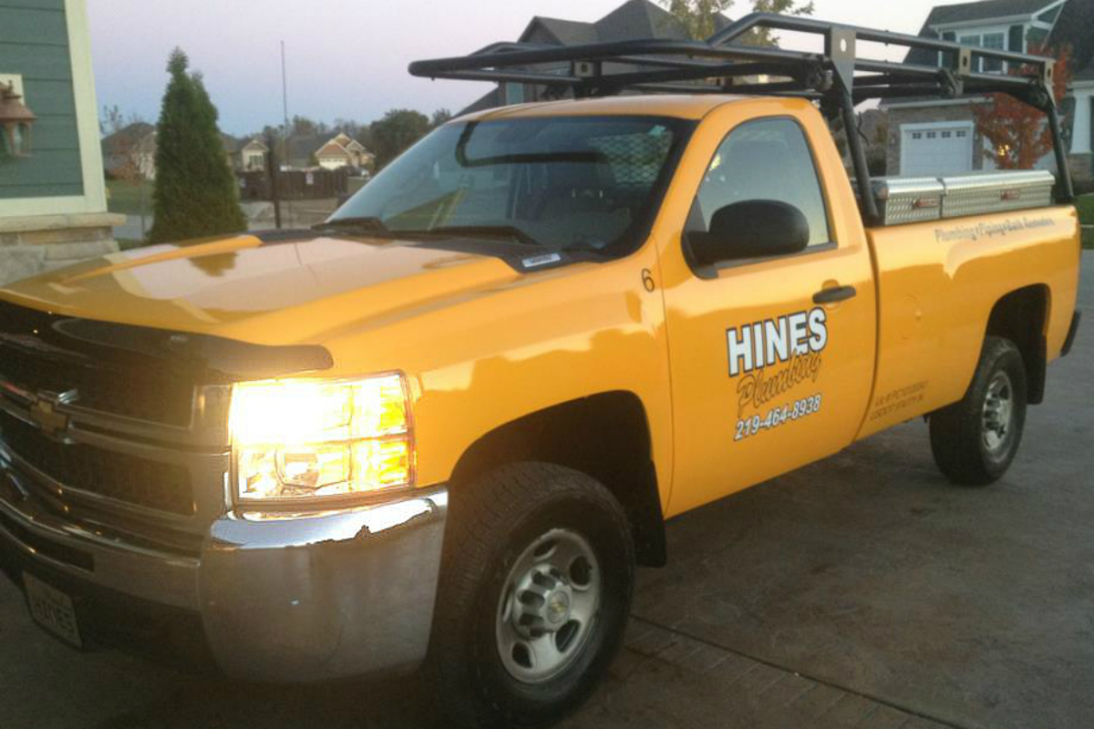 """Hines Plumbing Has Customers' and Employees' """"Be-Hines"""""""