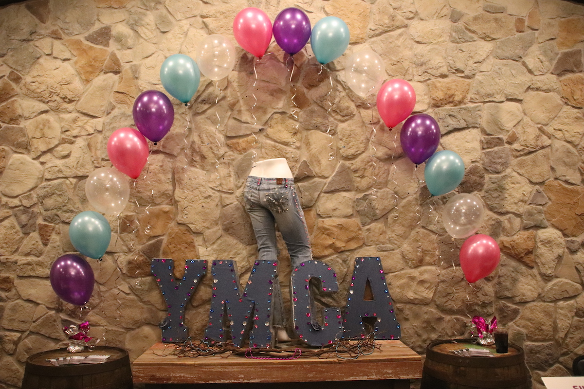 Community Members Enjoy Evening Out at Valparaiso Family YMCA Jewels and Jeans YBash
