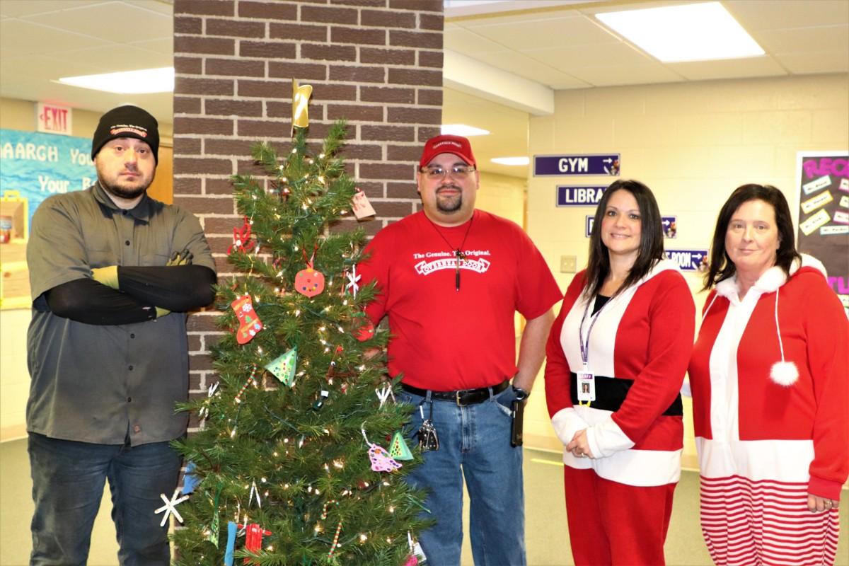 Overhead Door Company of Northwest Indiana Spreads Joy of the Season to Fieler Elementary School