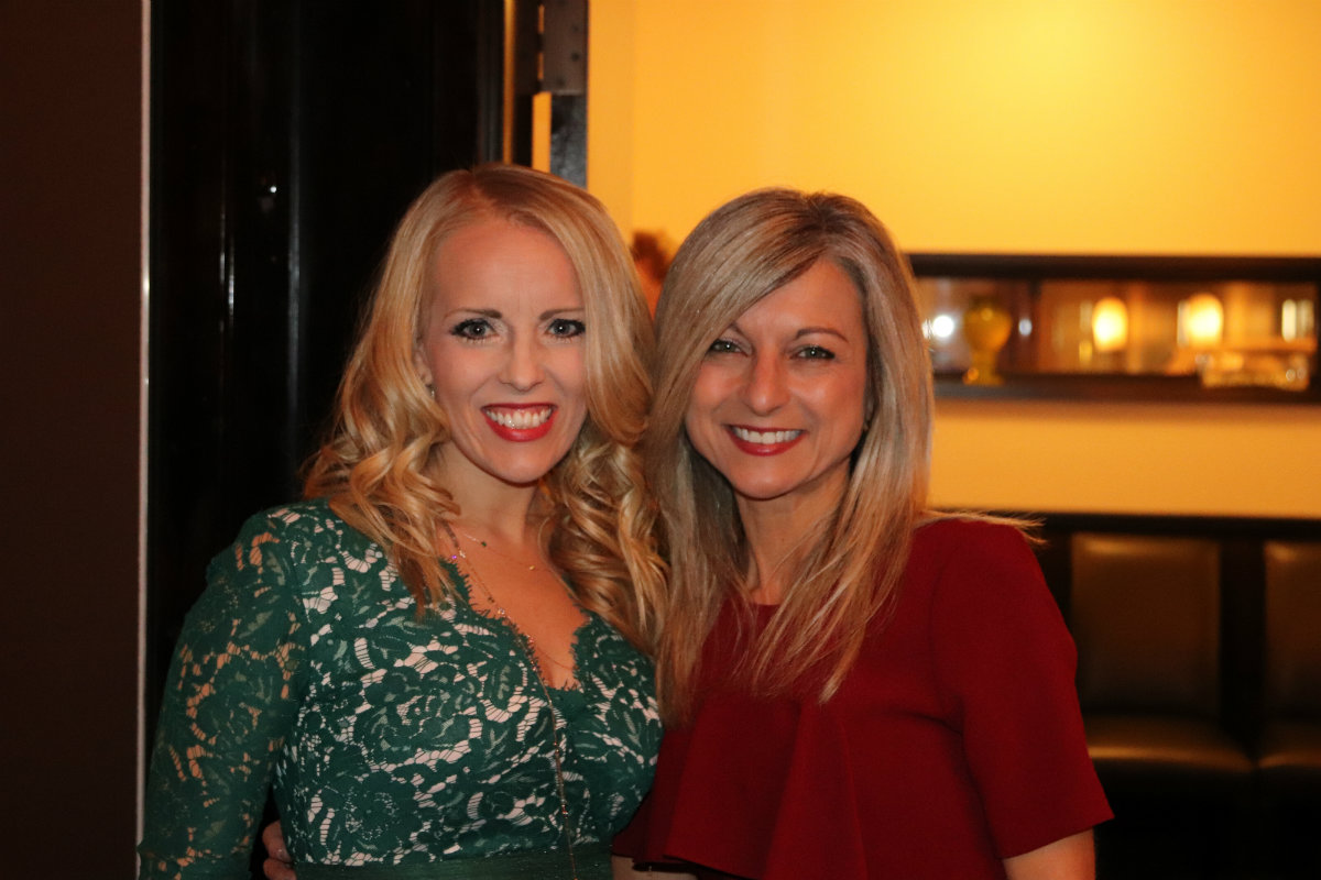Oak Partners Show Gratitude for Clients This Holiday Season with Client Advocacy Dinner