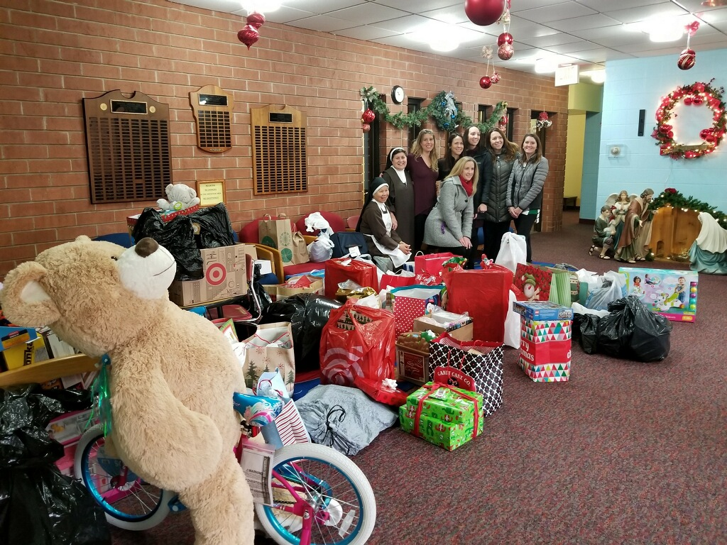 Oak Partners Made Christmas a Little Brighter for the Children at St. Joseph's Carmelite Home