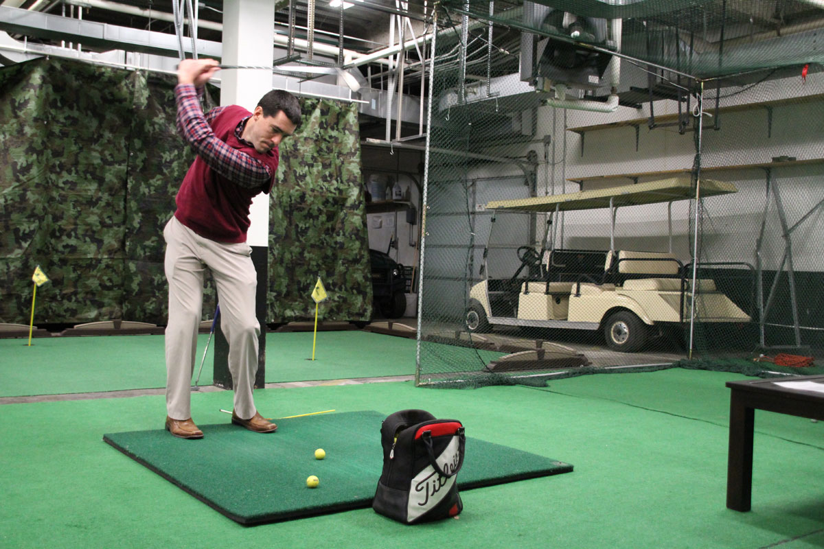 Sand Creek Country Club Defies Winter with Indoor Golf Facility