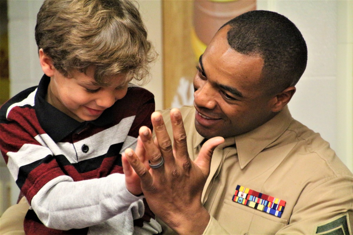 Military Dad Surprises 6-Year-Old Son at Saylor Elementary School Story Time