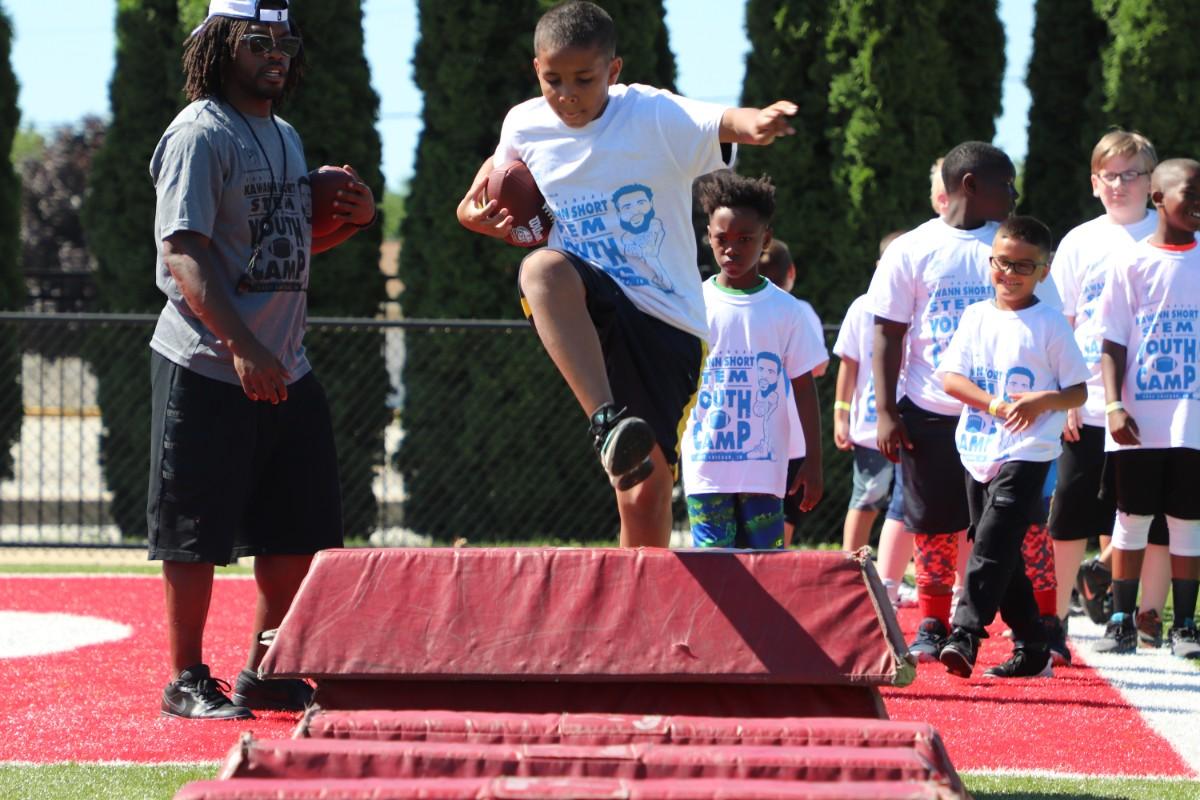 St. Catherine Hospital Sponsors Kawann Short STEM and Youth Football Camp