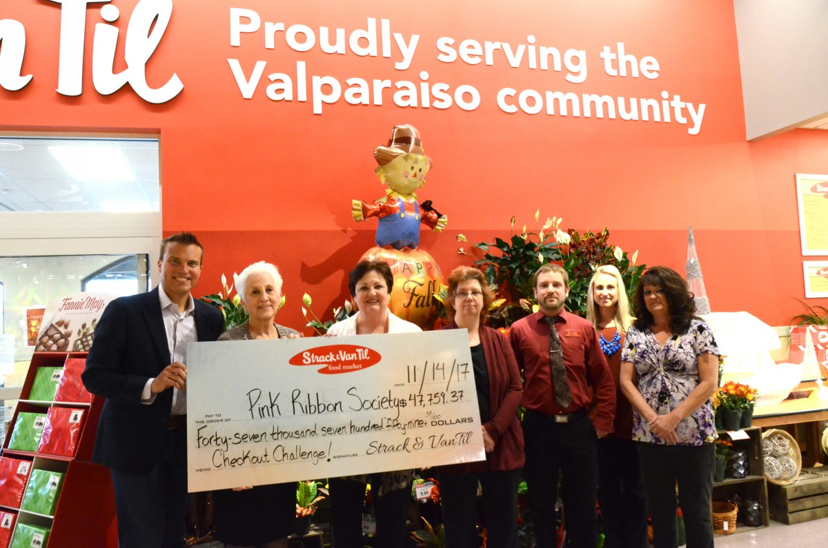 Strack & Van Til, Pink Ribbon Society Hold Record-Breaking Checkout Challenge for Breast Cancer Awareness Month