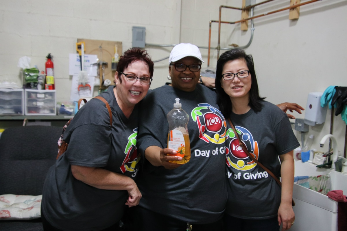 Teachers Credit Union Shows Community Support with Annual Day of Caring