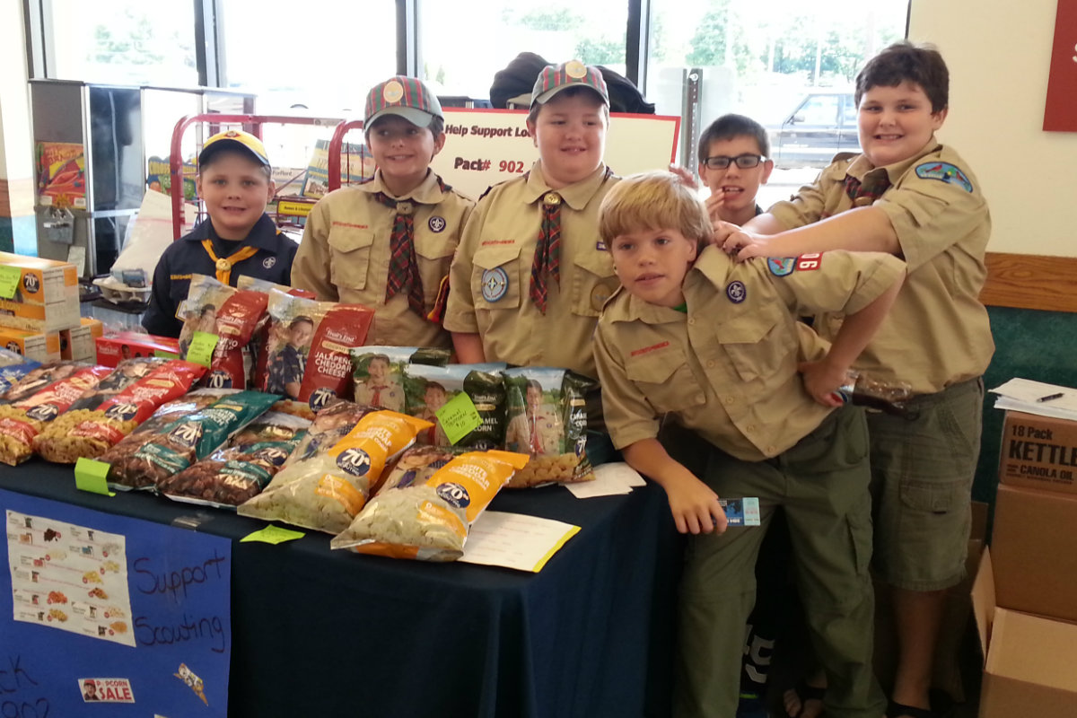 Von Tobel Lumber & Hardware Partners with Potawatomi and Dunes Moraine Districts Boy Scouts for Popcorn Fundraiser