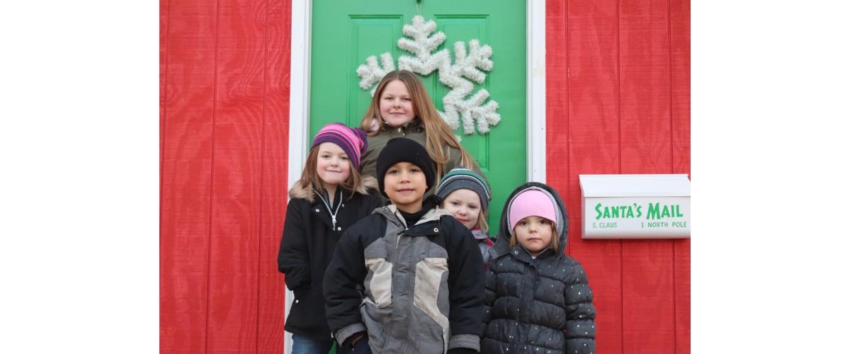 A Michigan City Favorite Has Returned: The 2018 Snowflake Parade