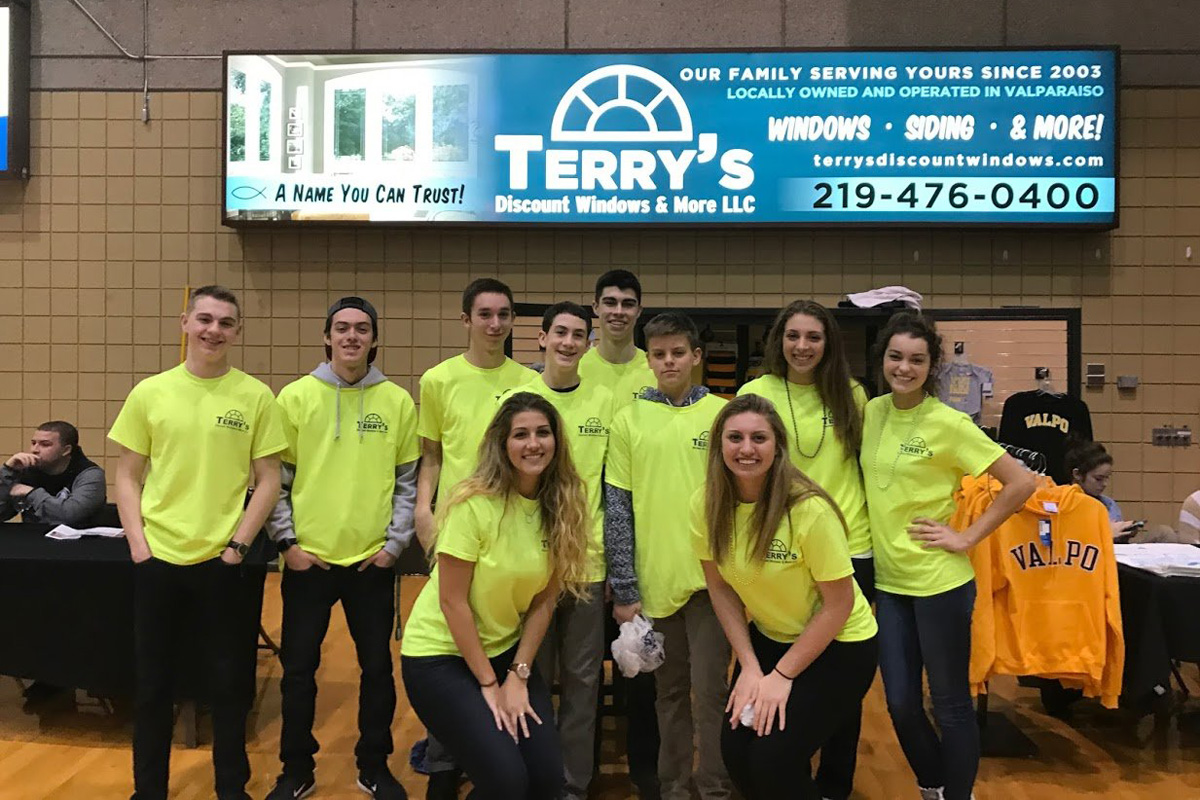 Terry's Discount Windows & More Creates Community Connection through Valparaiso University Men's Basketball Support